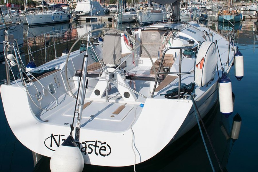 Rental Sailboat in Fezzano - Comar Comet 41s