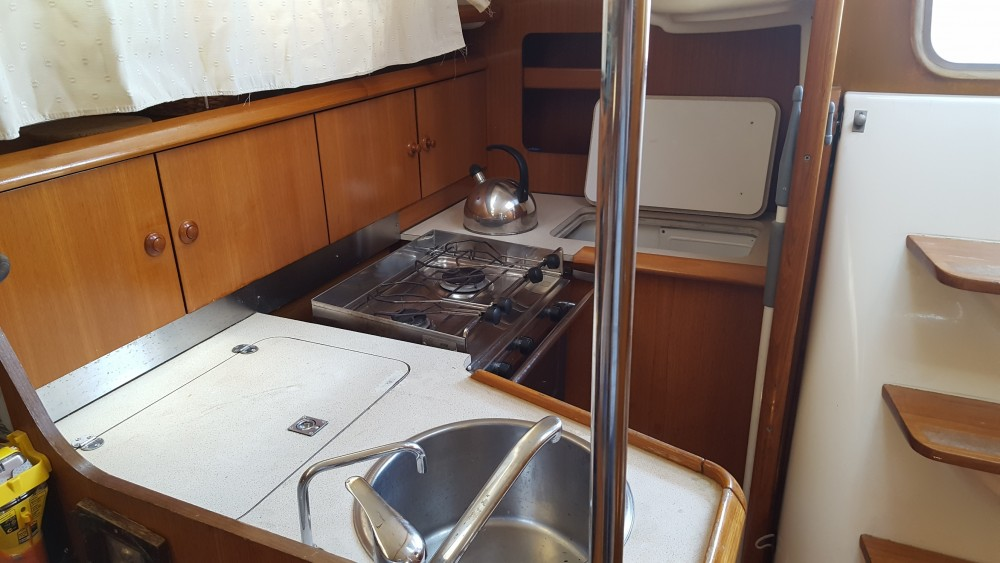 Jeanneau Sun Odyssey 32 between personal and professional Alimos Marina