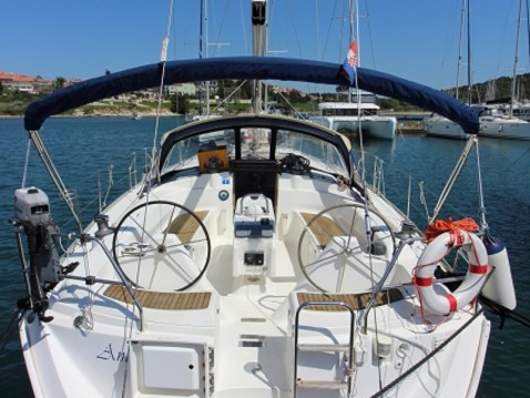 Rental Sailboat in Punat - Dufour Gib Sea 43