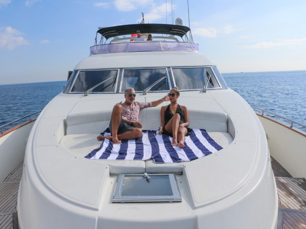 Boat rental Barcelona cheap Mochi Craft 85