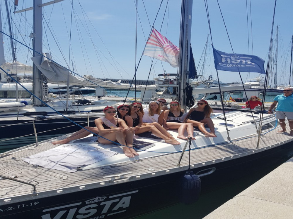 Sailboat for rent Gavà at the best price