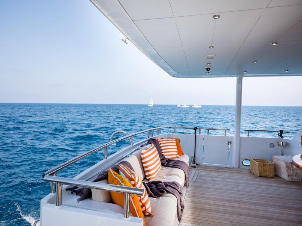 Boat rental  cheap Heesen Yacht