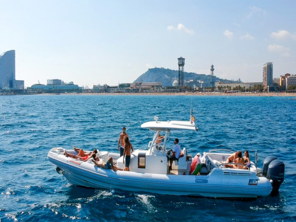 Hire Motorboat with or without skipper Duarry Barcelona