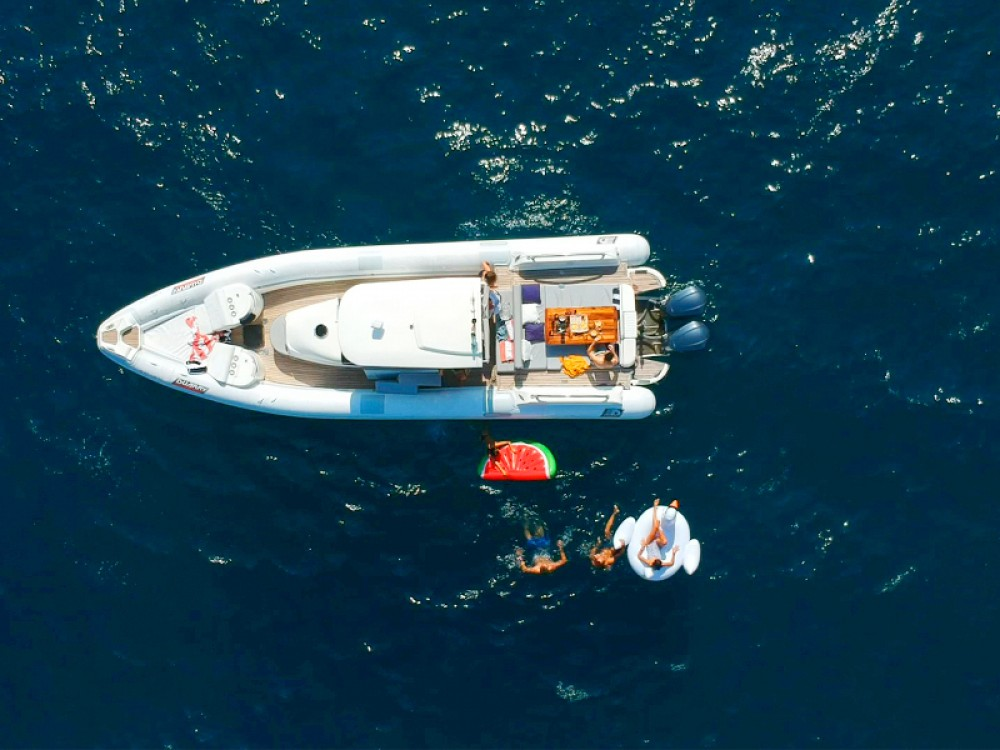 Rental Motor boat Duarry with a permit