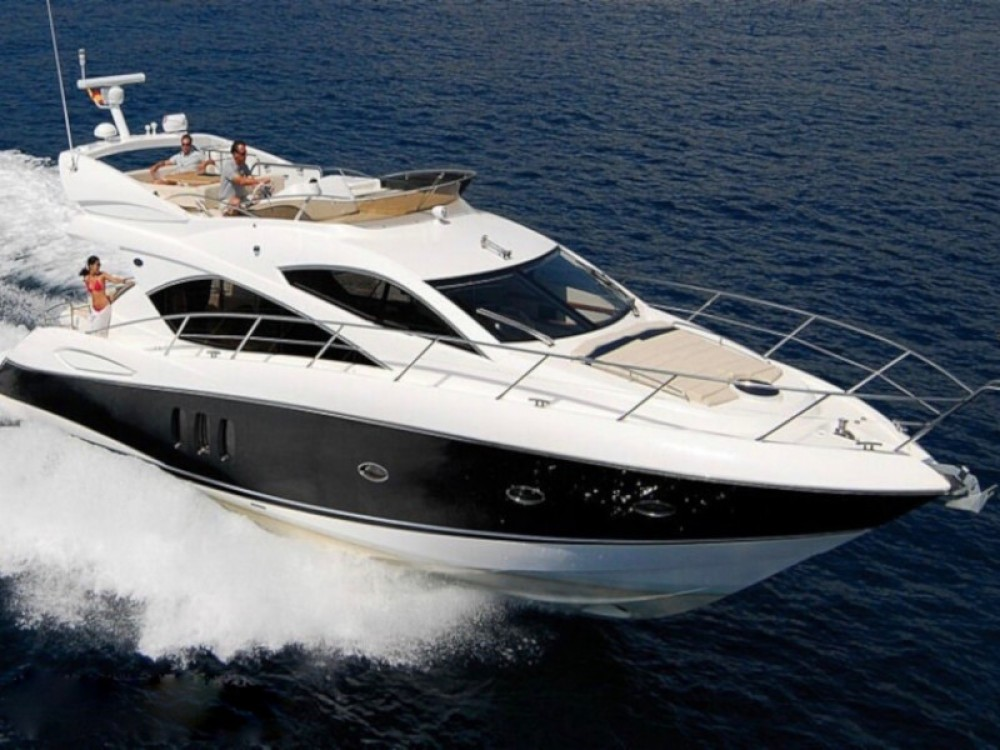Rental Motor boat in Catalonia - Sunseeker Sunseeker Manhattan 52