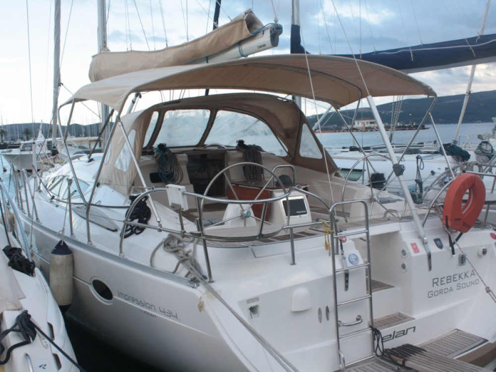 Boat rental Unity cheap Elan 434