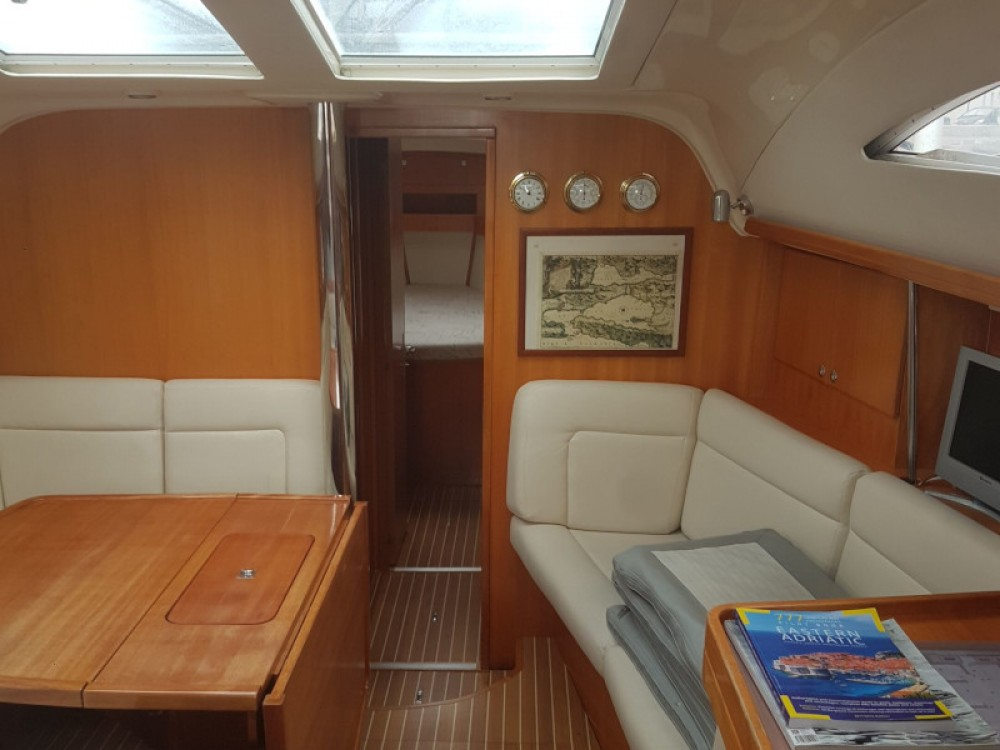 Boat rental Elan Elan 434 Impression in Unity on Samboat
