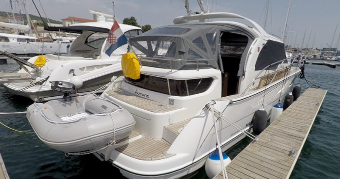 Marex 320 ACC between personal and professional Šibenik