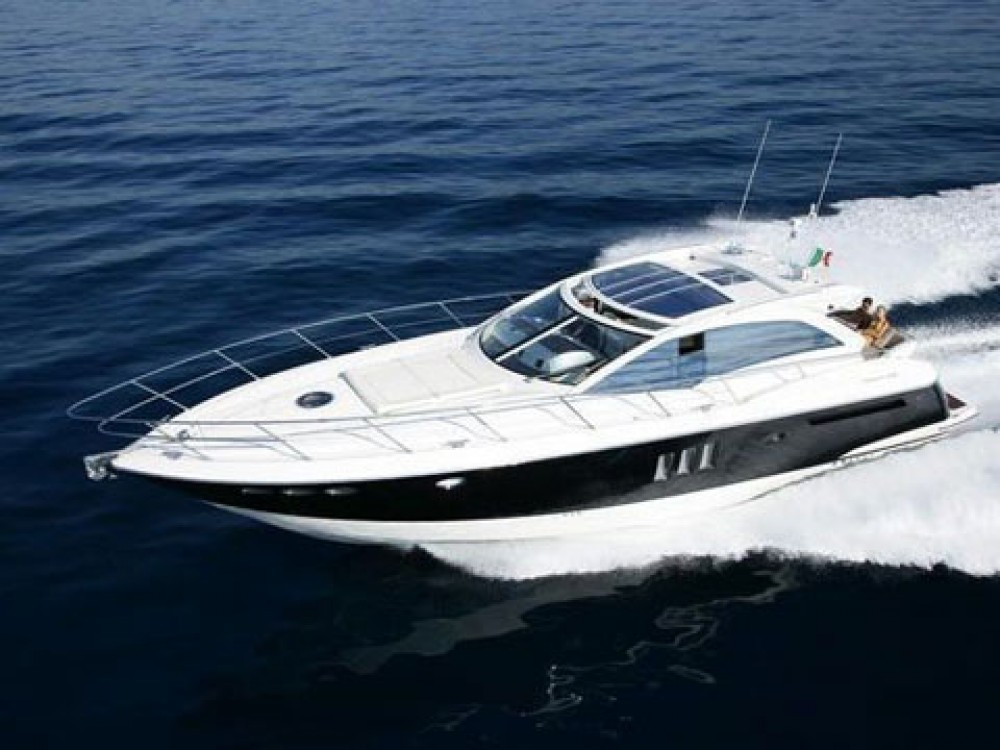 Boat rental Absolute Absolute 52 FLY in  on Samboat