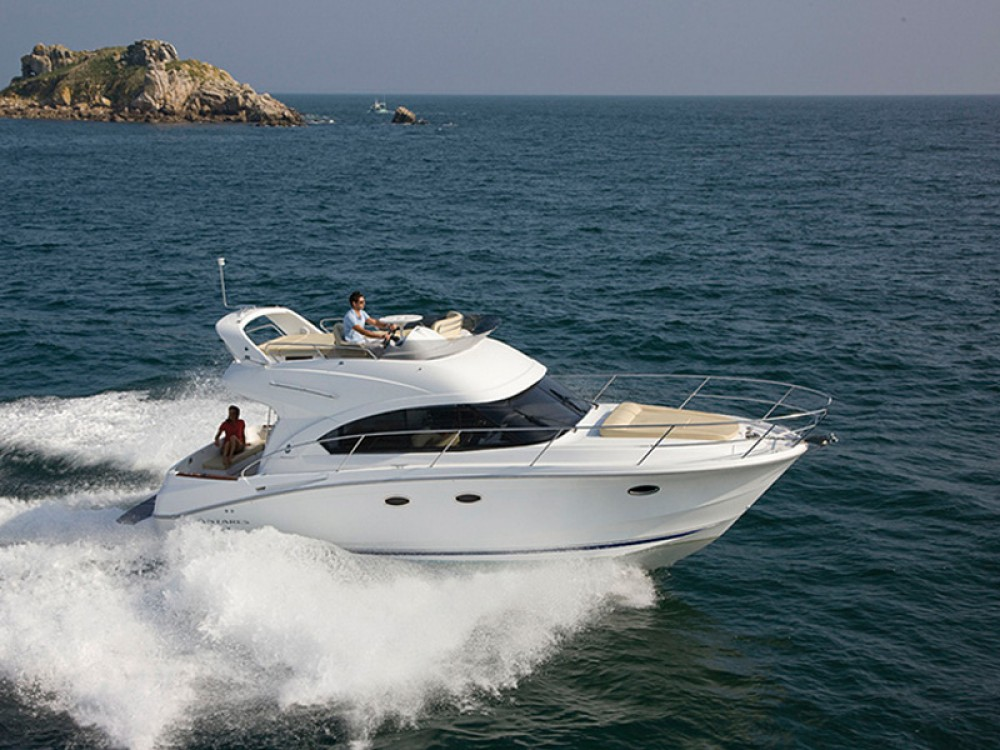 Rental yacht  - Bénéteau Beneteau Antares 36 on SamBoat