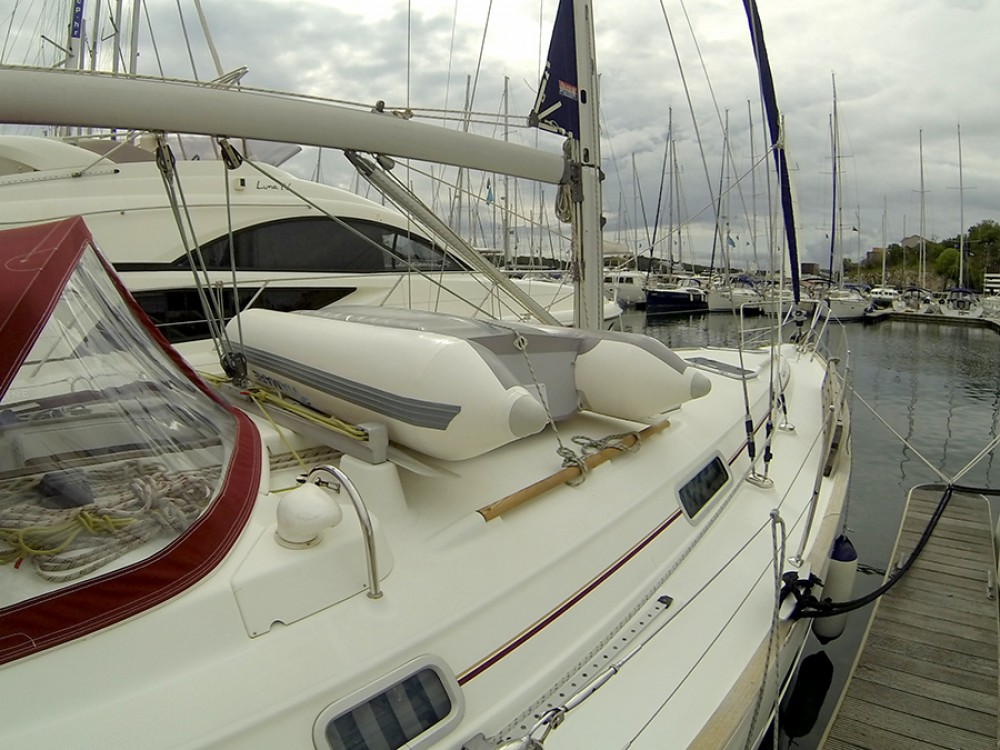 Rental Sailboat in Šibenik - Bénéteau Oceanis Clipper 411