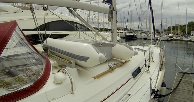 Rental Sailboat in Šibenik - Bénéteau Oceanis 411 Clipper