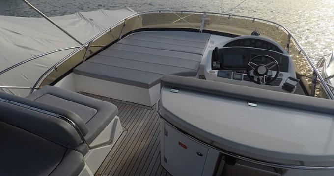 Boat rental Šibenik cheap Sunseeker Manhattan 60