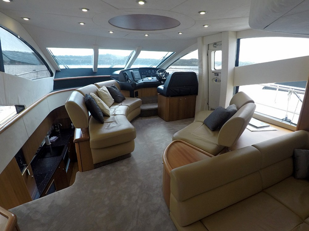Hire Yacht with or without skipper Sunseeker Šibenik