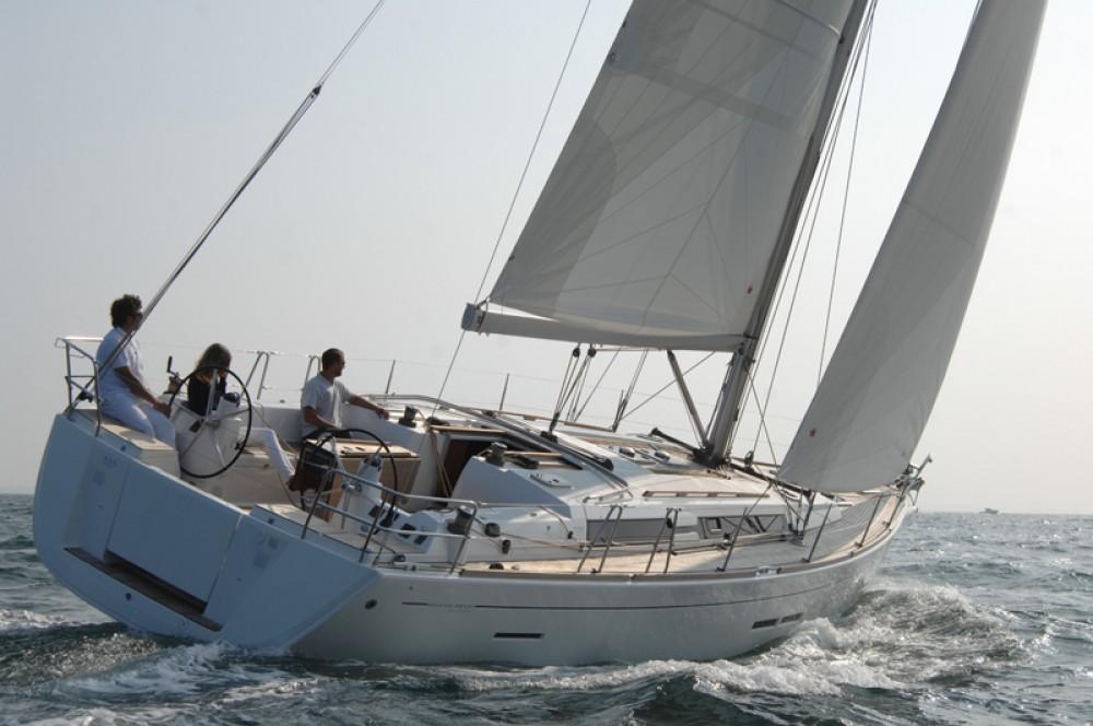 Rental yacht Šibenik - Dufour Dufour 445 GL on SamBoat