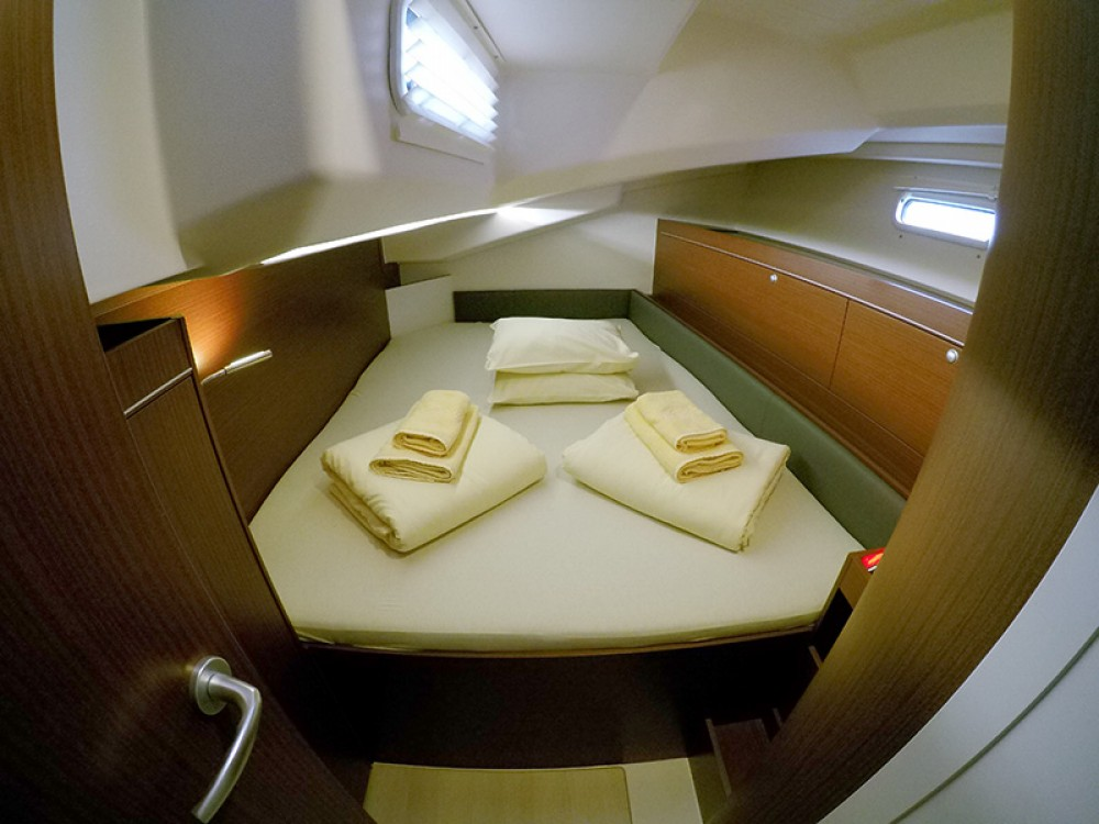 Boat rental Šibenik cheap Hanse 505