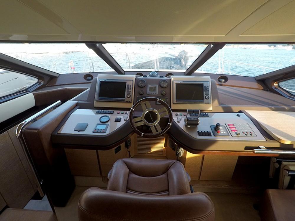 Rental yacht Sebenico - Azimut Azimut 58 on SamBoat