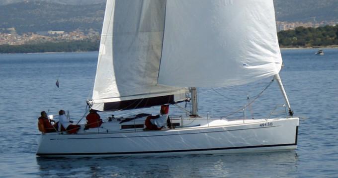 Boat rental Grand Soleil Grand Soleil 37 R in Šibenik on Samboat
