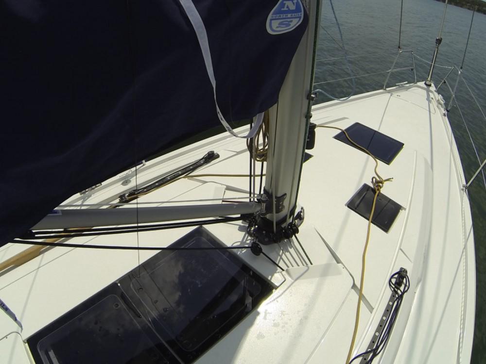 Rental Sailboat in Šibenik - Grand Soleil Grand Soleil 39