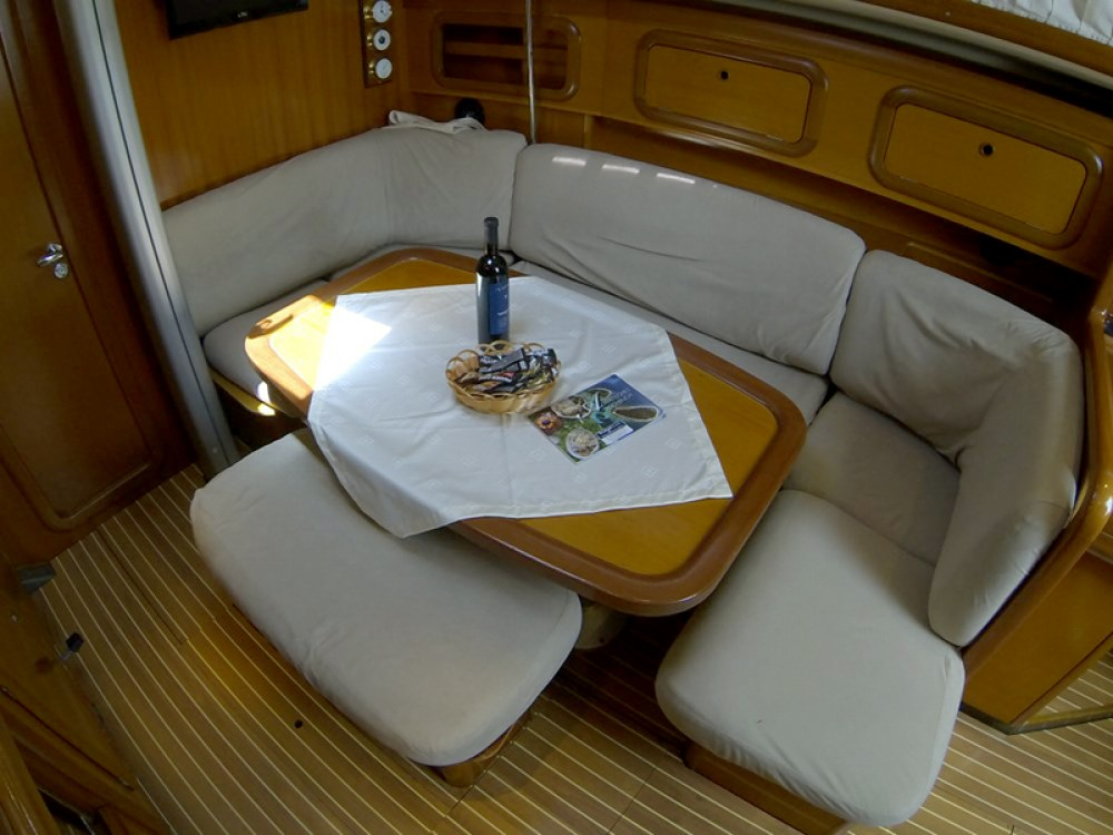Rental yacht Šibenik - Grand Soleil Grand Soleil 40 on SamBoat
