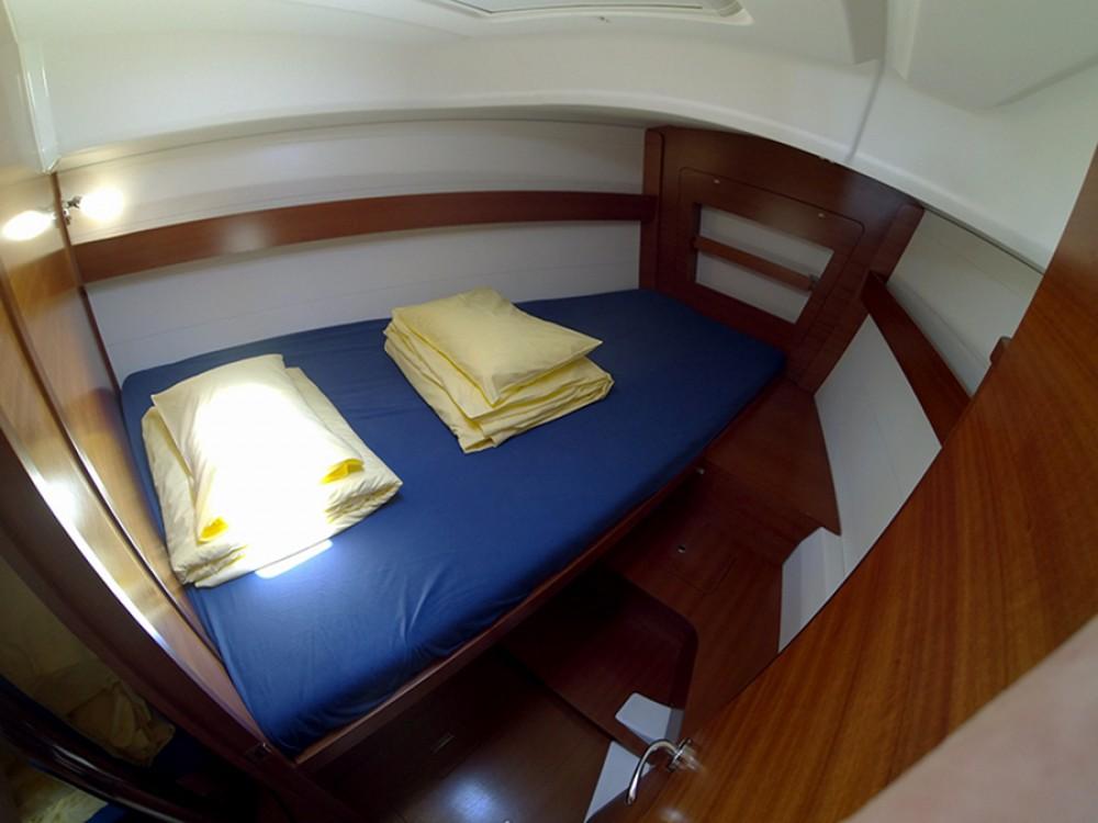 Rental yacht Šibenik - Dufour Dufour 375 GL on SamBoat