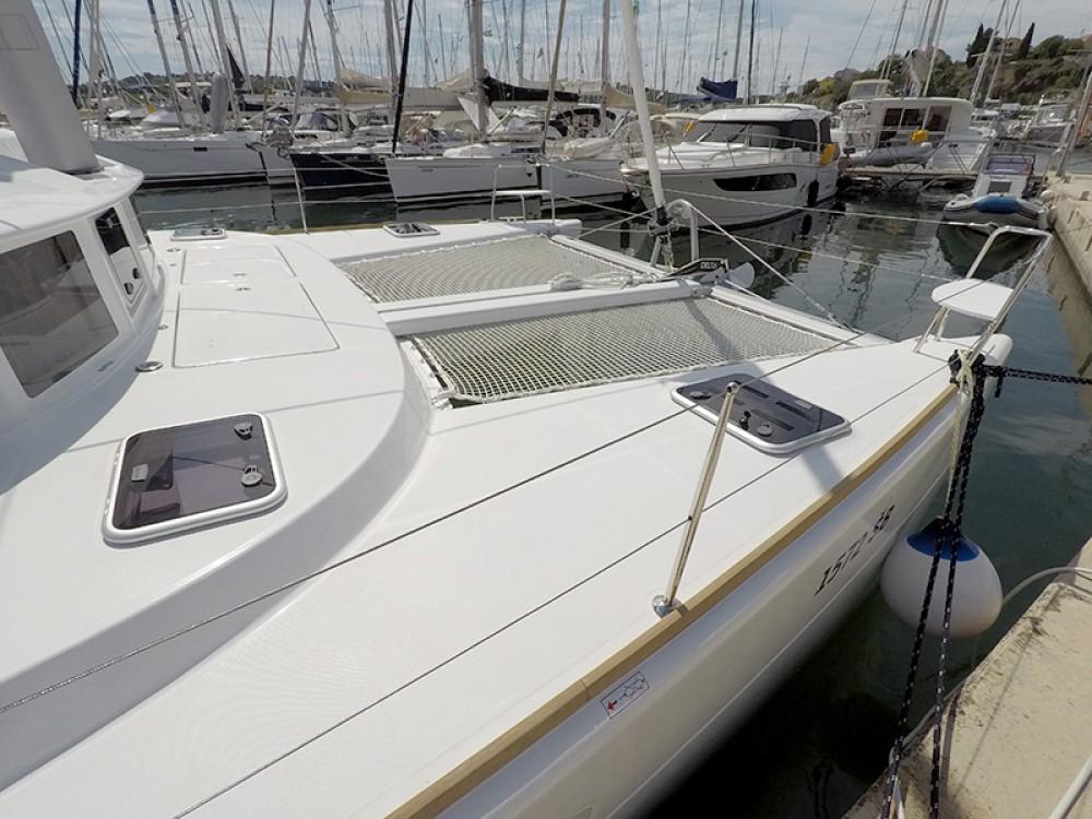 Rental Catamaran in Šibenik - Lagoon Lagoon 380