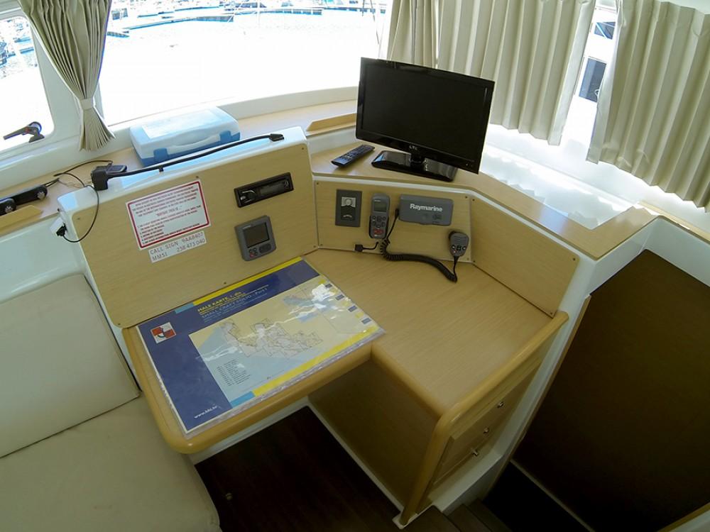 Rental yacht Šibenik - Lagoon Lagoon 400 on SamBoat