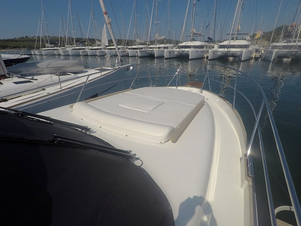 Hire Motor boat with or without skipper Marex Šibenik