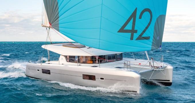 Boat rental Skiathos cheap Lagoon 42