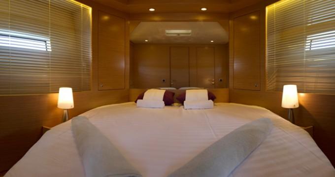Rental yacht Pula - Cyrus Cyrus 13.8 Hardtop on SamBoat