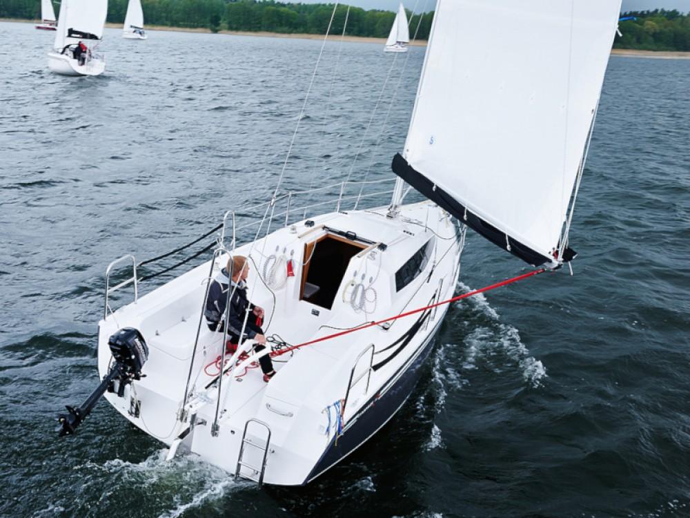 Northman Maxus 26 Prestige + 8/1 between personal and professional Port PTTK Wilkasy