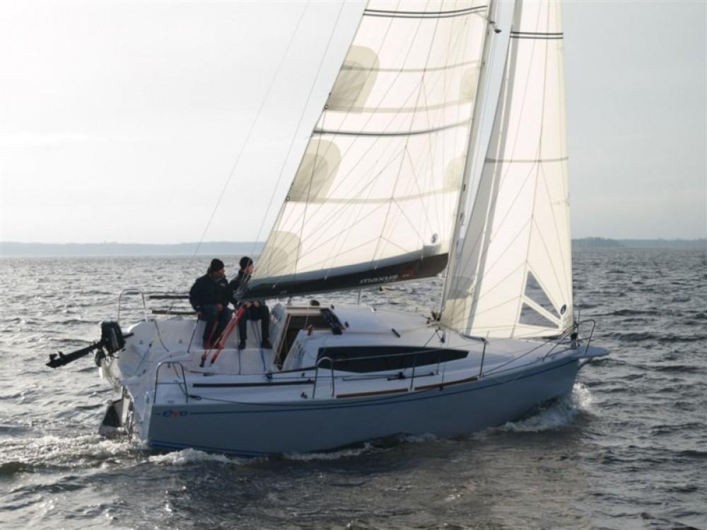 Boat rental Northman Maxus evo 24 Prestige in Port PTTK Wilkasy on Samboat