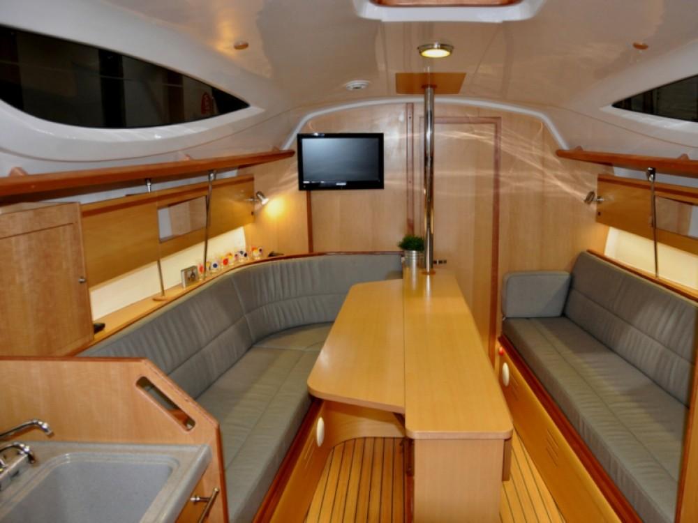 Boat rental Wilkasy cheap Maxus 33.1 RS Prestige