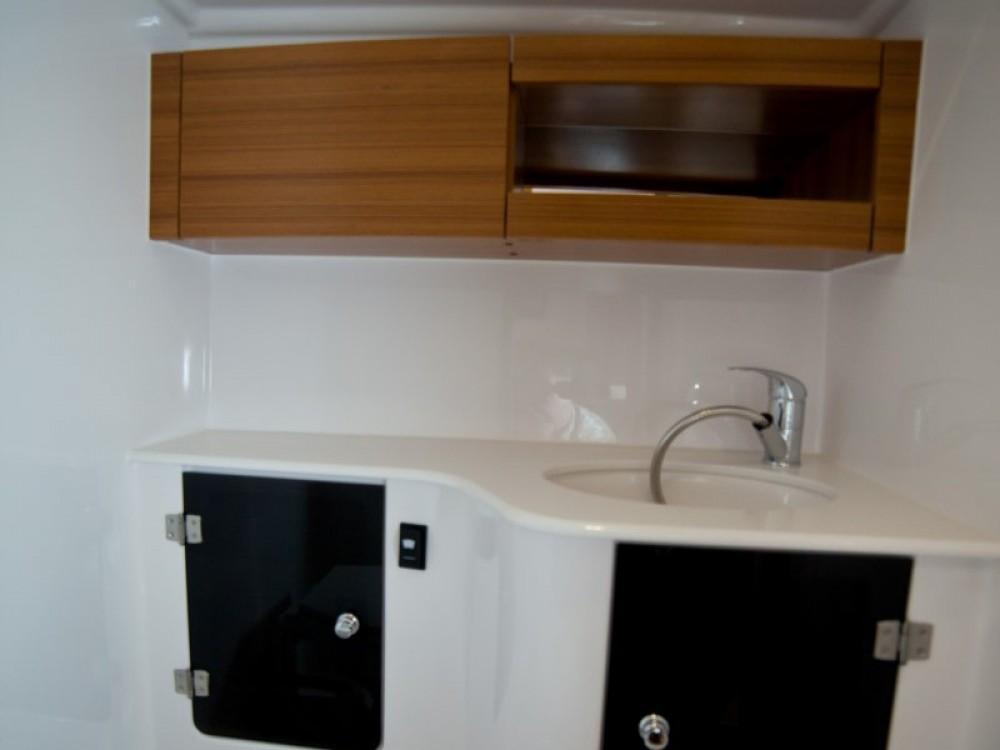 Boat rental  cheap Maxus 33.1 RS Prestige