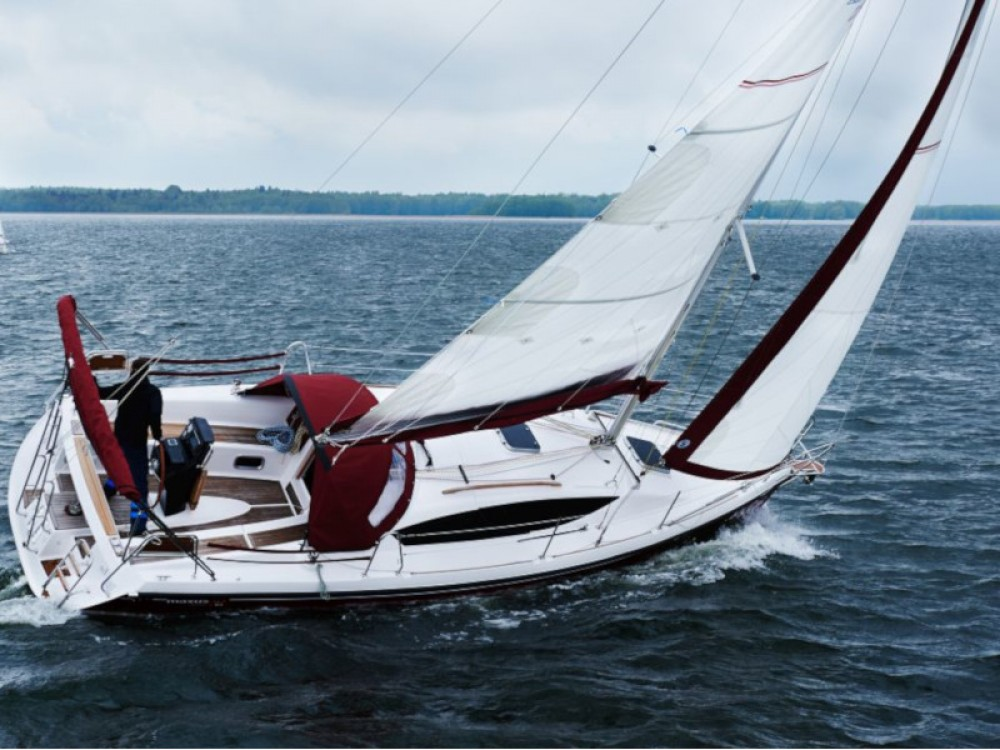 Rental Sailboat in Port PTTK Wilkasy - Northman Maxus 33.1 RS Prestige
