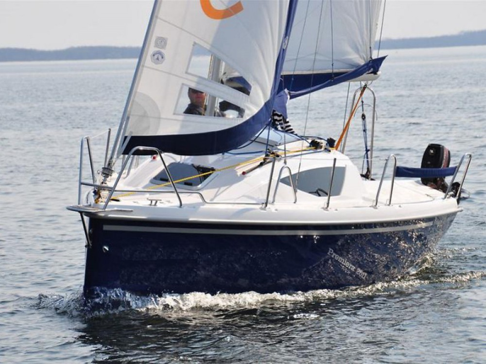 Rental Sailboat in Węgorzewo - Northman Maxus 22 Standard
