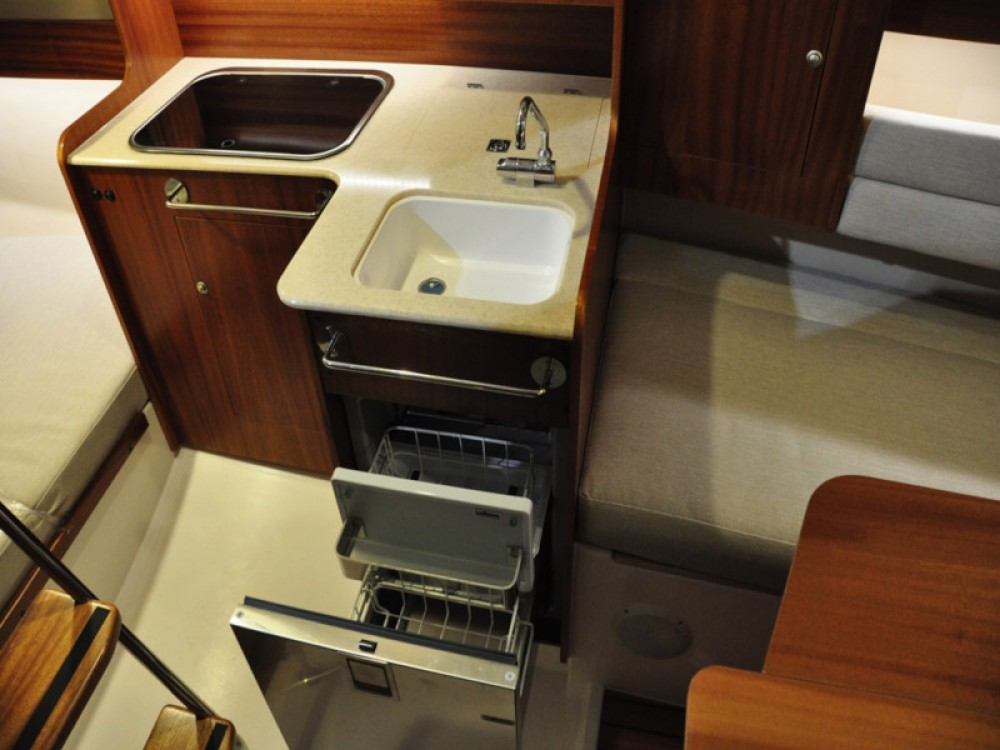 Rental Sailboat in Węgorzewo - Northman Maxus evo 24 Prestige