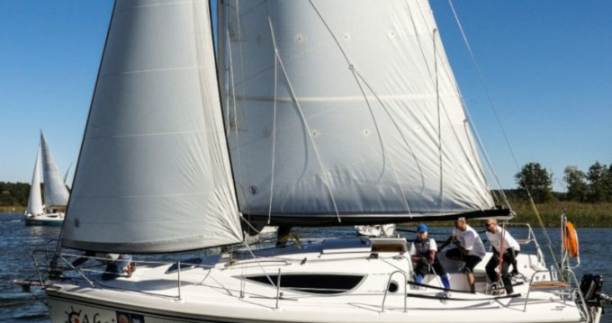 Rental yacht Wilkasy - Northman Maxus 28 Standard on SamBoat