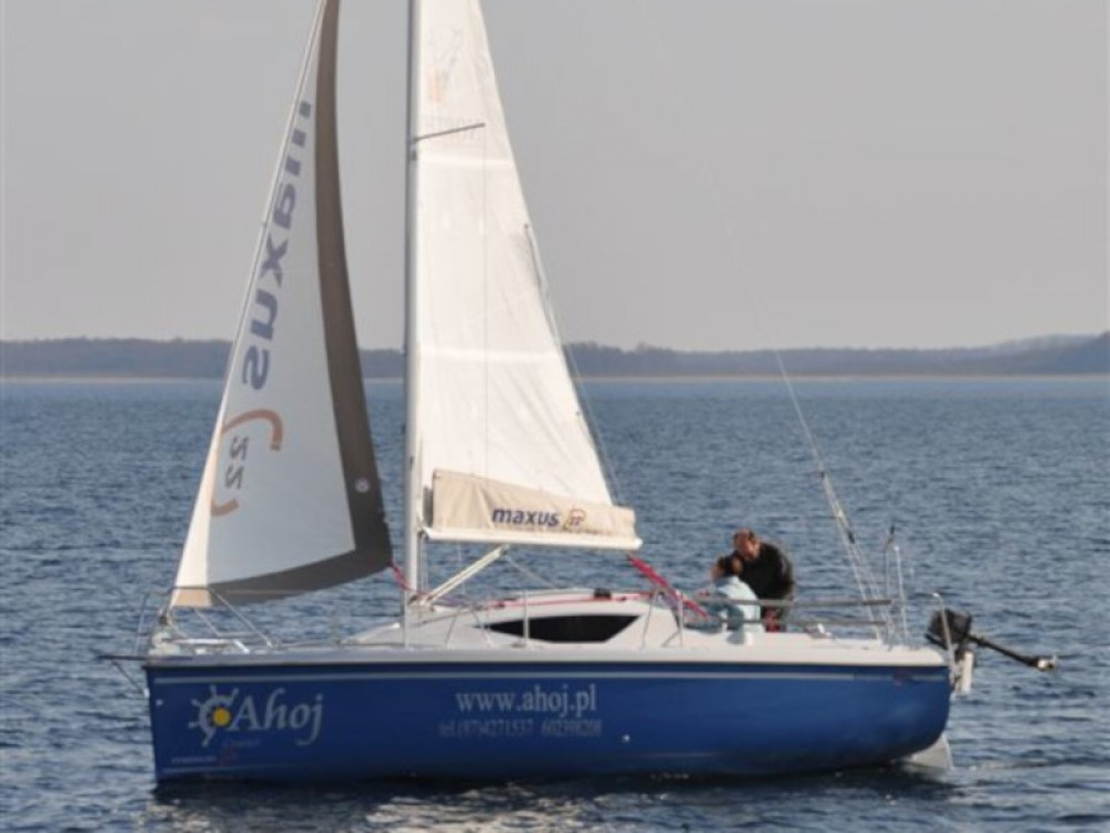 Sailboat for rent Węgorzewo at the best price