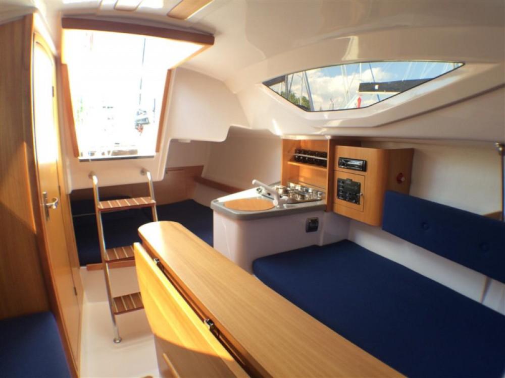 Boat rental Northman Maxus 22 Standard in Węgorzewo on Samboat