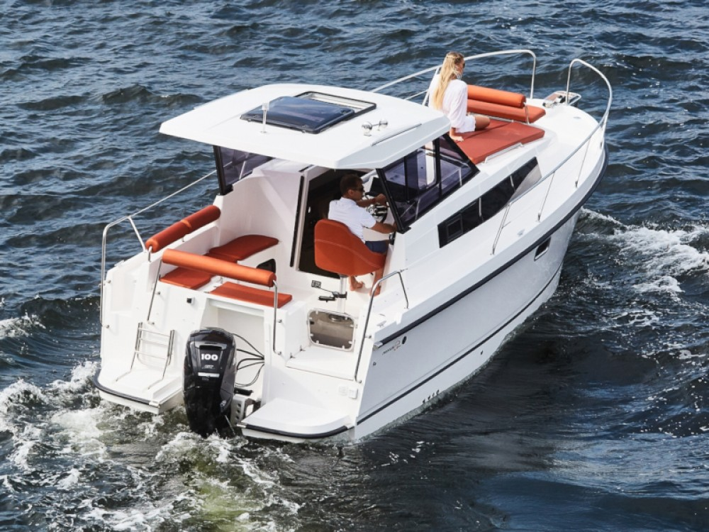 Rental Motor boat Northman with a permit