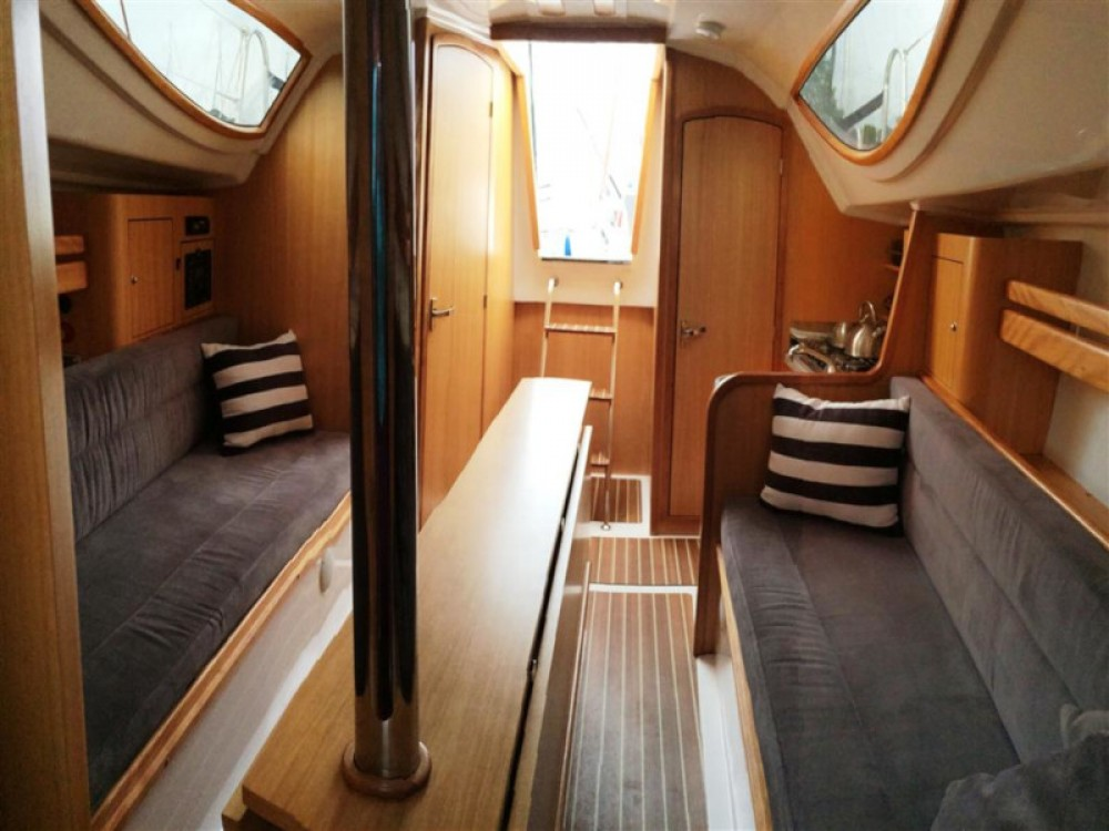Boat rental Wilkasy cheap Maxus 28 Prestige