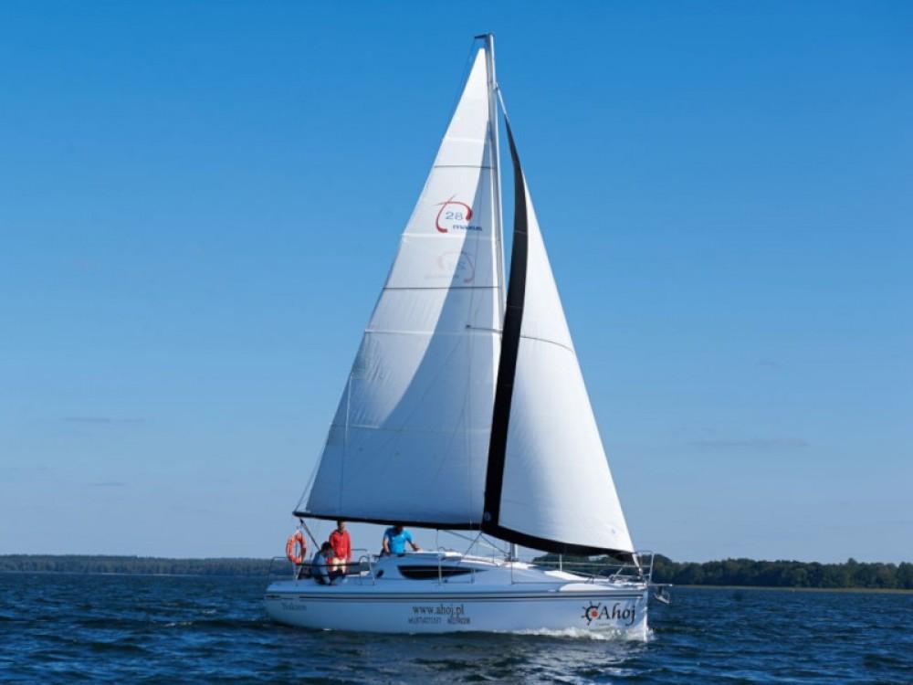 Boat rental Port PTTK Wilkasy cheap Maxus 28 Prestige