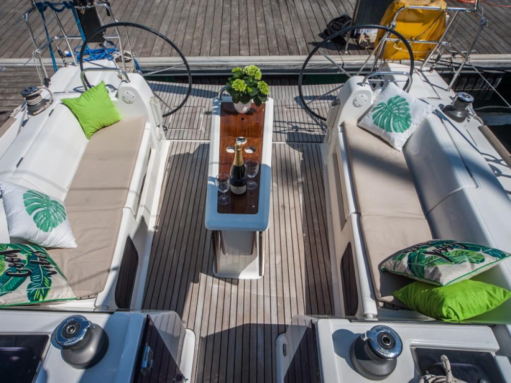 Boat rental Dufour Dufour 410 Grand Large in Primošten on Samboat