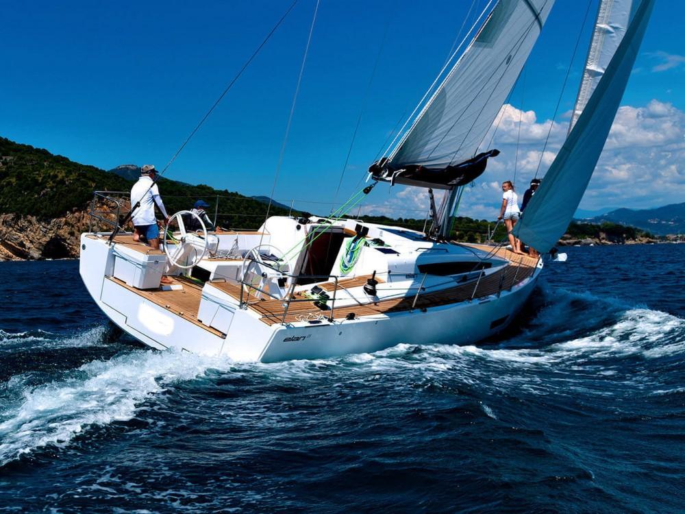 Boat rental Elan Elan E5 in Primošten on Samboat