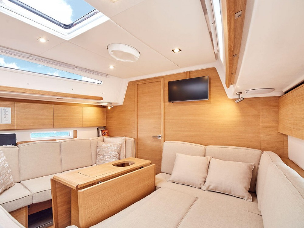 Boat rental Primošten cheap Elan E5