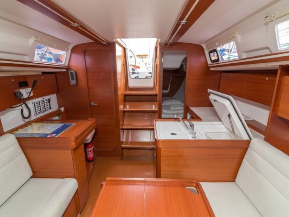 Rent a Dufour Dufour 335 Grand Large Primošten