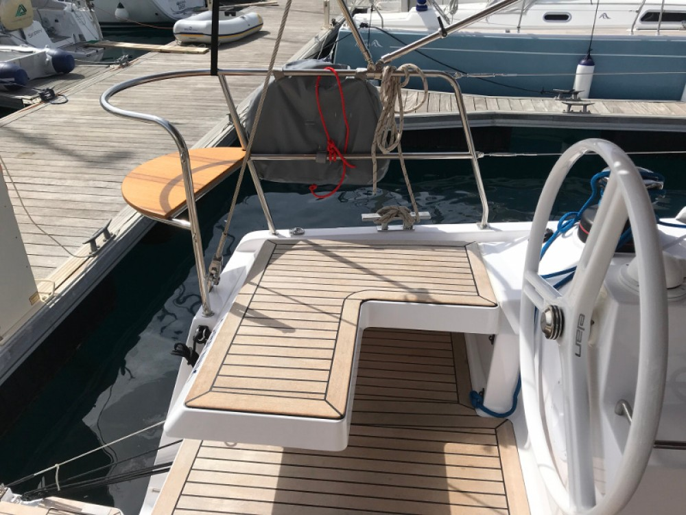 Hire Sailboat with or without skipper Elan Primošten