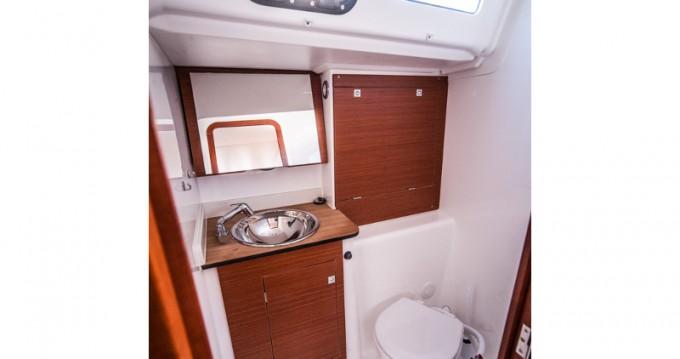 Boat rental Dufour Dufour 350 Grand Large in Primošten on Samboat