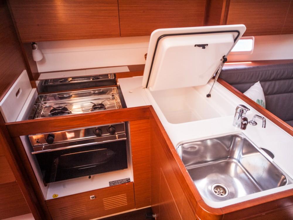 Rental yacht Primošten - Dufour Dufour 350 Grand Large on SamBoat